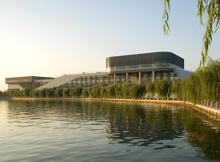 第七届国际园林花卉博览会园博园主展馆(鲁班奖)
