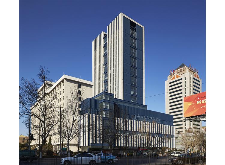 济南市政务服务中心(鲁班奖)